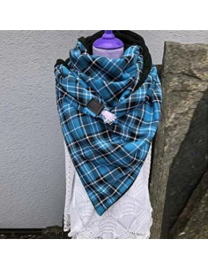 Écharpe châle femme à carreaux