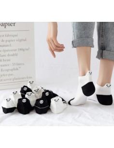 Lot de chaussettes avec des...